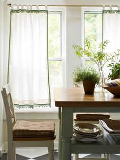 Simple summer curtains for dining room windows Modern Furniture: Window Treatment design ideas 2012 : Easy Projects You Can Do