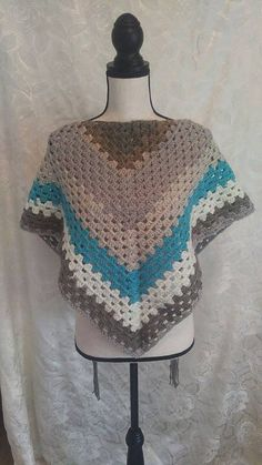 Granny Triangle Shawl in Blue and Gray/Shawl with