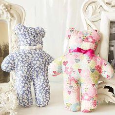 Print Sew tiny teddies: free sewing pattern :: toys to make