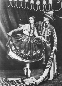 she visited Mexico in 1919 and fell in love with Mexican culture, costumes, and dances. She especially grew to love Jarabe Tapatio, the Mexican Hat