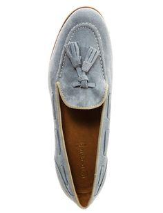 Baggat http://www.marie-claire.es/moda/accesorios/fotos/mocasines-para-adictas-al-zapato-masculino/baggat