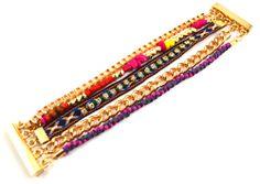 Armbanden : Brand Colourful Hippie - Deze armband heeft het allemaal: stof, kraaltjes en steentjes. Lekker kleurrijk en door het magnetische slot blijft deze armband ook nog eens goed zitten! Klik = done! www.styledbyroro.com