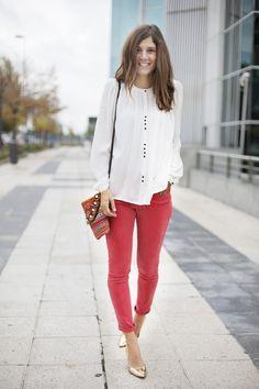 photo red_pants-white_shirt-streetstyle-balamoda86_zps2120a739.jpg