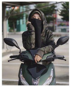 Islamic Girl Pic, Islamic Girl Images, Beautiful Muslim Women, Beautiful Hijab, Hijabi Girl, Girl Hijab, Muslim Girls Photos, Niqab Fashion, Stylish Hijab