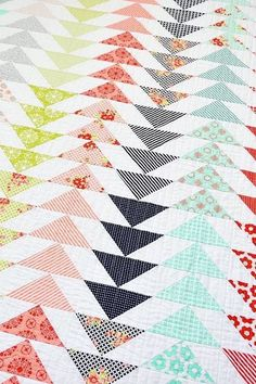 Fresh, modern flying Geese quilt in Bonnie and Camile fabrics