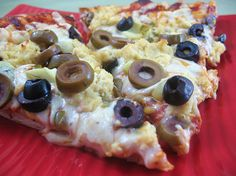 This pizza looks amazing but I really want to try the tofu feta! The hardest thing for me to give up to be a vegan.