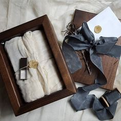 Stumbled upon this stunning image by @splendidmusings of her packaging with @makeandstow hand crafted boxes and our rivière 1.5 inch #silkribbon. #froufrouchic