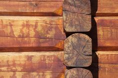 Lafting - log cabin construction