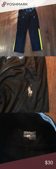 NWOT boys black Polo Ralph Lauren sweatpants M Black with pony in the front left leg and yellow stripes at sides. Inseam measures about 23 inches. Has pockets in front and elastic waist with yellow drawstring. Polo by Ralph Lauren Bottoms Sweatpants & Joggers