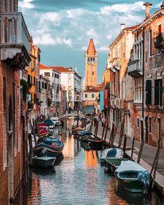 Jsou blízko a přitom tak nádherná! Města, pláže, hory, ostrovy... Ta nejkrásnější místa v Evropě, která letos musíte navštívit, najdete v tomto článku!
