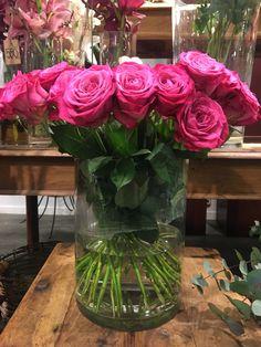 My Flower, Flowers, Glass Vase, Home Decor, Decoration Home, Room Decor, Royal Icing Flowers, Home Interior Design, Flower