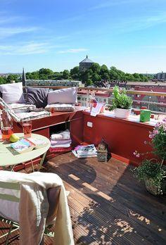terrace by queen
