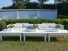 #wedding #Fleria Simple and elegant wedding decoration... www.fleria.gr