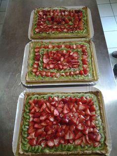 Torte alle fragole e kiwi