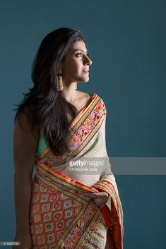 Find out such more beautiful Sarees on LooksGud.in