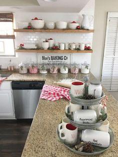 Farmhouse Kitchen Christmas Decor