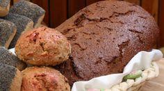 Billedet viser et dejligt hjemmelavet rugbrød.