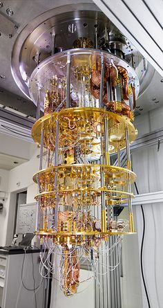 What is the Quantum computers? how Quantum computers work ? who has Quantum machines ? What's the advantage of quantum computing? Custom Computer Case, Gaming Computer, Custom Computers, Richard Feynman, Physics And Mathematics, Quantum Physics, Artificial Brain, Microchip Implant, Free Software Download Sites