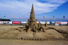 Parksville Sand Sculpting Competition kicks off July Beach Club Resort, Hotel S, Vancouver Island, Mountain View, Hotels And Resorts, East Coast, Seaside, Sculpting, Competition
