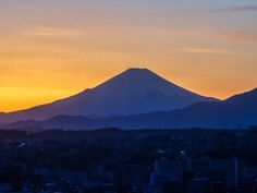 Good night Japan! by Rekishi no Tabi Another day another sunset http://flic.kr/p/SriQ8V
