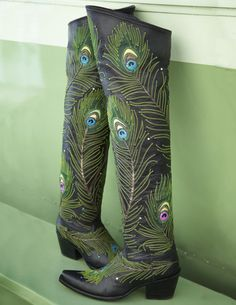 Rocketbuster, the finest Handmade Custom Cowboy Boots. Family owned, handmade in TEXAS,shipped worldwide.Spaceage vintage style for folks who just ain't boring! Custom Cowboy Boots, Custom Boots, Cowgirl Boots, Western Boots, Gypsy Boots, Western Style, Peacock Shoes, Peacock Colors, Peacock Feathers