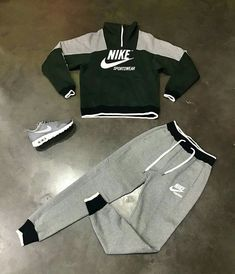 42 Best ideas sport shoes outfit how to wear Swag Outfits Men, Lazy Outfits, Tomboy Outfits, Tomboy Fashion, Teenager Outfits, Nike Outfits, Cool Outfits, Casual Outfits, Mens Fashion