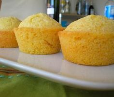 Maisbrot Muffins (Cornbread) - List of the best food recipes Diy Snacks, Quick Snacks, Potato Snacks, Cornbread Muffins, Good Food, Yummy Food, Bread And Pastries, Thanksgiving Recipes, Snack Recipes