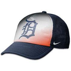 guys love girls who look good in baseball hats....