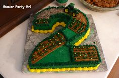 John Deere farm tractor birthday cake 2 HPG