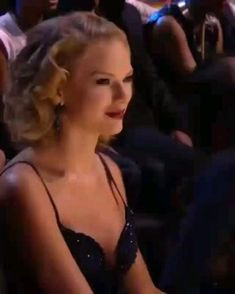 Taylor Swift Funny, Taylor Swift Music, Taylor Swift Videos, Taylor Swift Quotes, Taylor Alison Swift, Selena Gomez Songs Lyrics, Selena Gomez Music, Selena And Taylor, Red Taylor