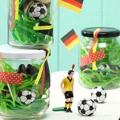 Gastgeschenke zur Fussball EM                                                                                                                                                                                 Mehr
