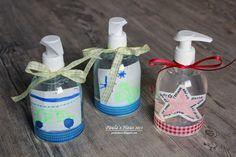 Für die Kindergarten-Lehrerinnen habe ich mit Sohnemann diese Seifenspender verziert als Geschenke. In die Flaschen kamen lami...