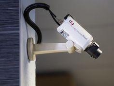 ELRETTENT ÉS MINDENT LÁT     Kamerarendszerekkel mindig képben lehet.    #kamerarendszer #g4s | http://tavfelugyelet.g4s.hu/
