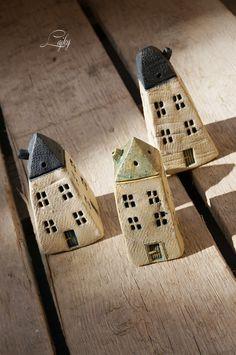 Trpasličí+domek+Keramický+domek+od+Lajky+vysoký+12+cm,+do+vaší+zahrady,+aby+měli+zahradní+skřítci +kde+bydlet.♥