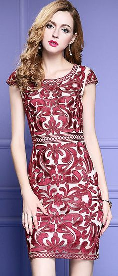 Vintage O-Neck Shotr Sleeve Embroidery Slim Dress