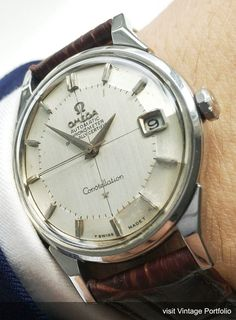 Omega Constellation - Automatic Movement with Center Second - Stainless Steel Case displaying the Constellation Logo on the back - 34 mm diameter (w/o crown) - Years of Construction: Vintage Watches For Men, Vintage Rolex, Luxury Watches For Men, Cartier Tank, Vintage Omega, Omega Seamaster, Cartier Watches Women, Omega Constellation Automatic, Mesh Armband