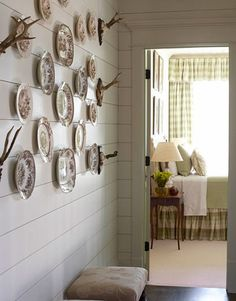 Walls, plates, antlers