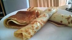 První krok: do mísy nalijete mléko a pak přidáte 2 vejce, cukr, mouku. Potom promícháte a rozmixujete mixérem do jemna, aby nebyly hrudky. Pak si... Pancakes, Breakfast, Ethnic Recipes, Food, Morning Coffee, Essen, Pancake, Meals, Yemek