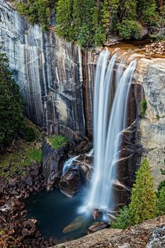 Vernal Falls. Yosemite National Park, California.