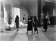 Got all your shopping done yet? This week's installment of Monday Night Nitrates features a window display and shoppers on State Street, Chicago, February 1934. Taken by Gordon Coster, this image is...