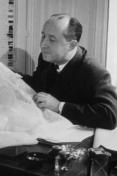 1955 – At work in his atelier.
