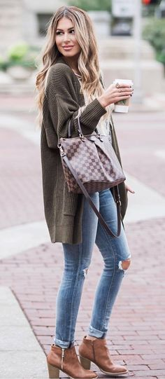 winter fashion trends / cardigan + top + bag + rips + boots