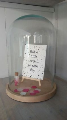 Stolp- add a little confetti to each day The Bell Jar, Terrarium Diy, Glass Boxes, Pots, Craft Gifts, Girl Room, Gifts For Kids, Diy Home Decor, Sweet Home
