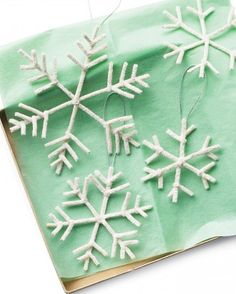 It's easy to adjust the proportions of the pipe-cleaner pieces to ensure that no two snowflakes on your tree are alike.