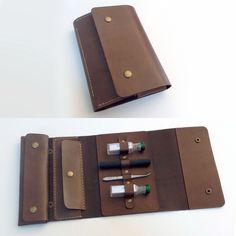 A new custom acupuncture set leather case ----- Nueva funda cuero personalizada para material básico de acupuntura  www.cocuan.com #handsew #handmade #hechoamano #handcraftedleather #acupuncture #acupuntura #mataro #barcelona #cocuan