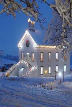 Would love Christmas Eve at this church! : Would love Christmas Eve at this church! Old Country Churches, Old Churches, Church Pictures, Winter Pictures, Beautiful Places, Beautiful Pictures, Take Me To Church, Christmas Scenes, Christmas Eve
