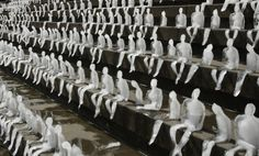 Berlin, art installation: Melting Men by Nele Azevedo. mini ice sculptures in Berlin, highlighting the impact of climate change: a very clever and powerful way in which to get… Snow Sculptures, Sculpture Art, Pottery Sculpture, Art Environnemental, Instalation Art, Climate Change Effects, Environmental Art, Art Plastique, Global Warming