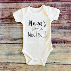 Italian Baby / Mama's Little Meatball / Italian Baby Outfit / Newborn Baby / Baby Announcement / Bab Italian Baby / Mama's Little Meatball / Italian Baby Outfit / Newborn Baby / Baby Announcement / Bab - Unique Baby Outfits Baby Shower Themes, Baby Shower Gifts, Baby Gifts, Italian Baby, Baby Necessities, Baby Outfits Newborn, Cute Baby Clothes, Baby Bodysuit, Cute Babies