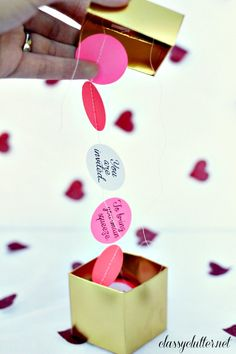 DIY garland party invitation