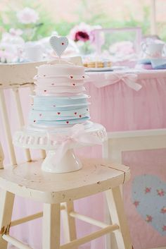 Dainty Pink and Blue cake- adorable!